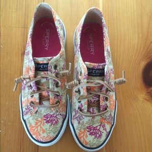Sperry women's shoes size 6.5